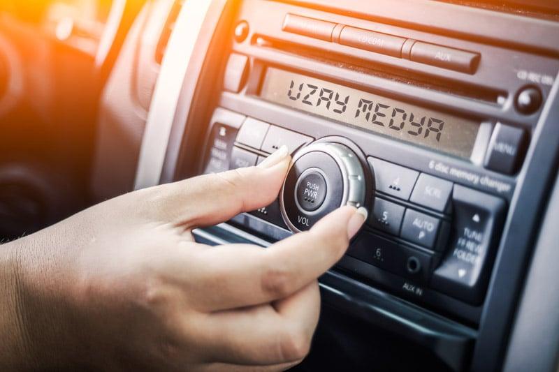 Photo of Radyo reklamlarında kullanılan seslerin önemi